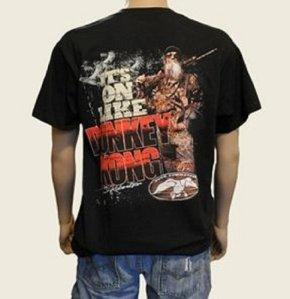 This. The exact same shirt the guy had on!