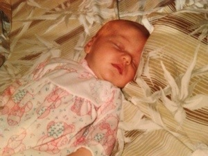 """At 3 weeks she was already my little """"ten pound bag of sugah!"""""""